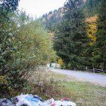 Сміттєвий хаос. На Верховинщині територія після фестивалю пертворилась на сміттєзвалище, до якого нікому немає діла