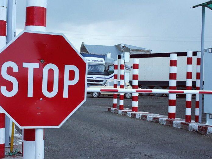 Стало відомо коли на Прикарпатті закінчать будівництво дороги до прикордонного переходу з Румунією