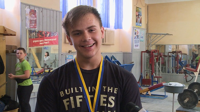 Юний коломиянин переміг на чемпіонаті України з важкої атлетики