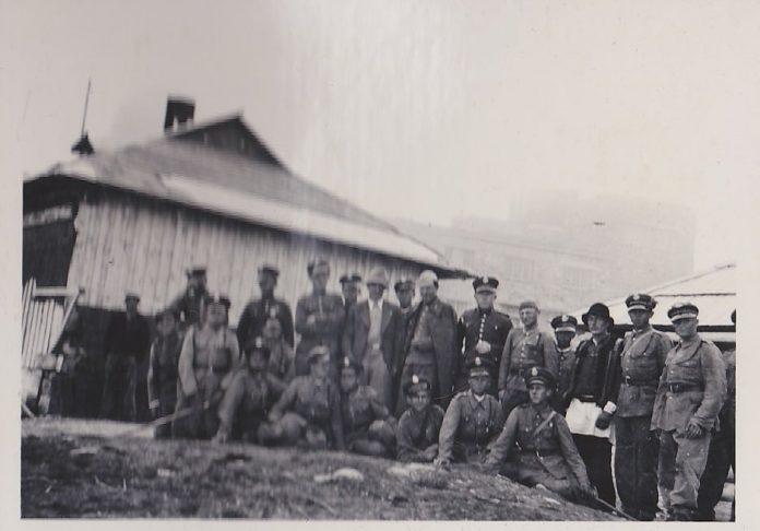 У мережу виклали вінтажні фото обсерваторії на Попі Івані та польських військових міжвоєнного періоду