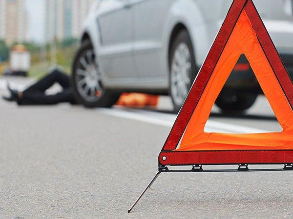 На Прикарпатті розшукують водія-втікача, який на смерть збив пішохода
