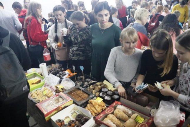 В Ямниці школярі провели благодійний ярмарок
