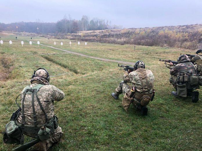 Бійці УНСО та ветерани АТО провели спільний вишкіл на теренах Прикарпаття
