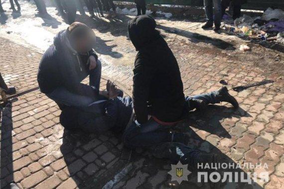 Прикарпатець, який обстріляв радіостанцію та порізав поліцейського, вийшов на волю