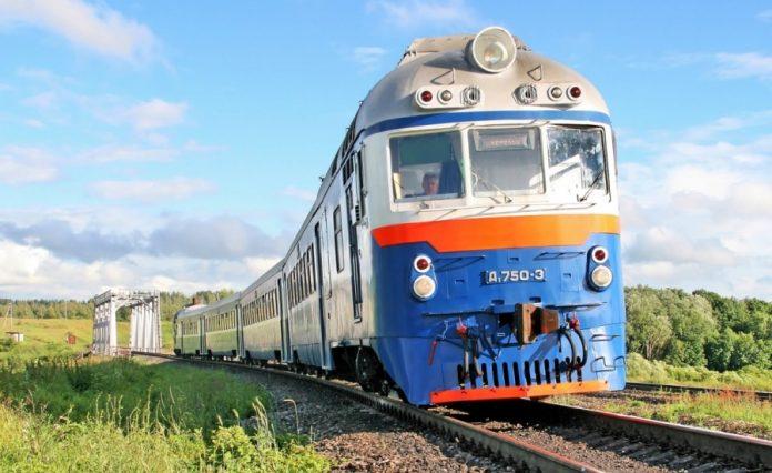 Запустити потяг із Запоріжжя до Івано-Франківська планують вже наступного року