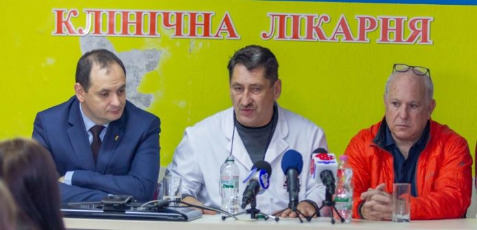 Франківців консультуватиме  лікар з США