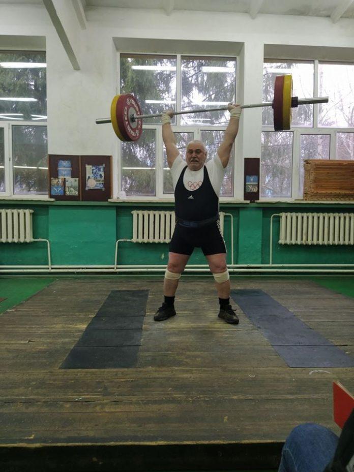 Франківець став абсолютним переможцем чемпіонату України з важкої атлетики серед ветеранів