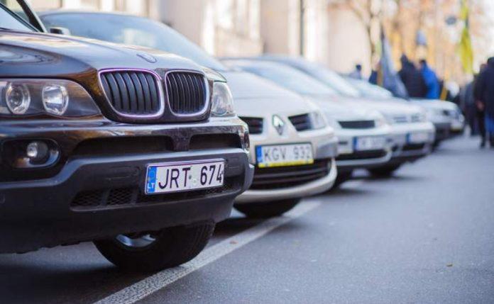 До України цьогоріч завезли майже вчетверо більше вживаних авто
