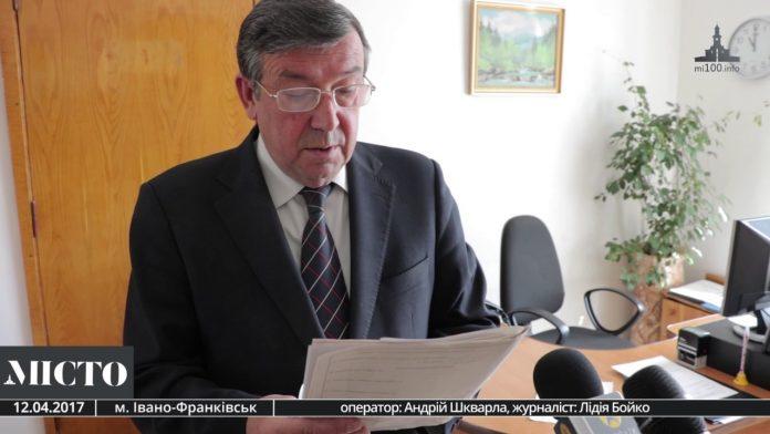 Майже 30 років на посаді: пенсіонер Котурбаш усіма  способами намагається втриматись у кріслі головного лікаря ОДКЛ