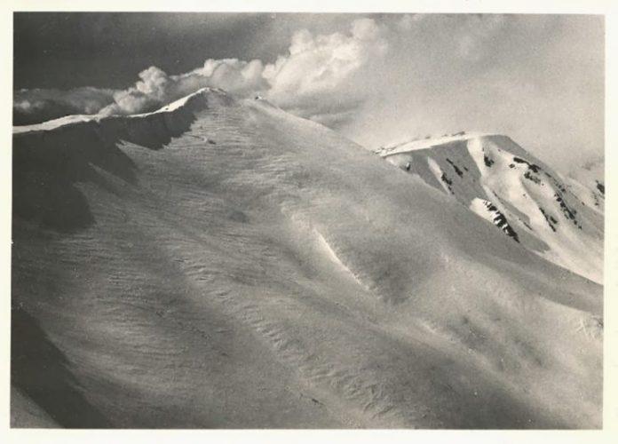 Як виглядали засніжені Карпати 80 років тому: фоторепортаж