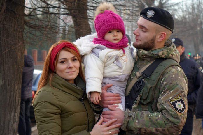 Поліцейські Івано-Франківщини вирушили у зону проведення ООС