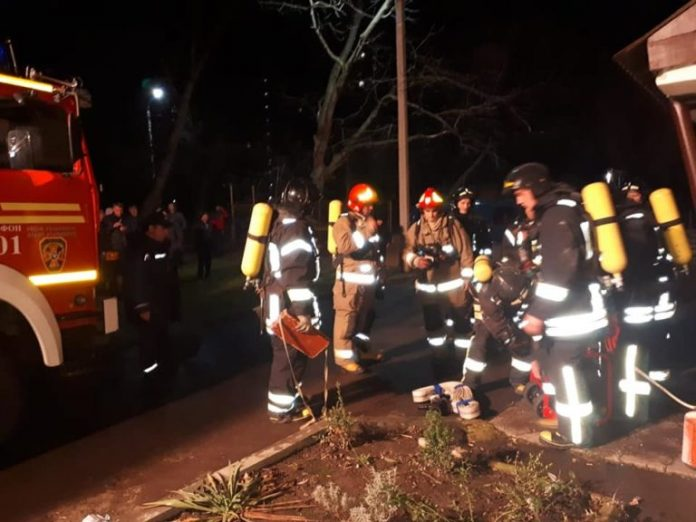 У Франківську через пожежу евакуйовано два десятки мешканців багатоповерхівки