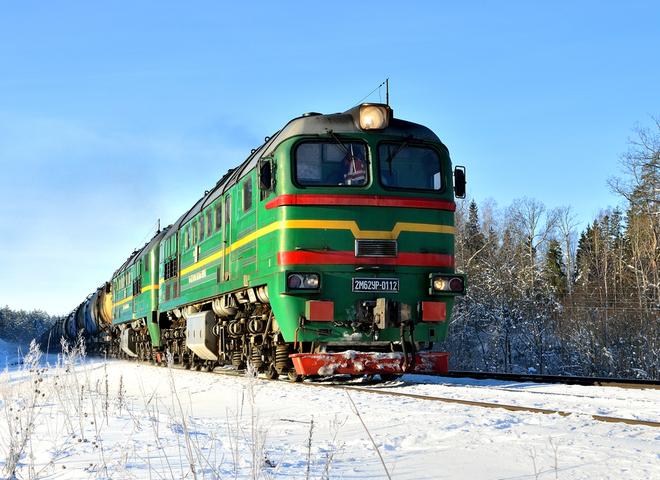"""""""Укрзалізниця"""" до свят запустить додаткові поїзди на Прикарпаття"""