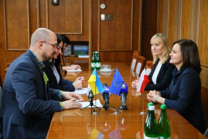 Очільник Прикарпаття обговорив спільні проєкти з Генконсулом Польщі у Львові