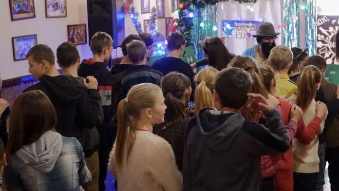 Благодійники привезли подарунки для Яблунівської школи-інтернату