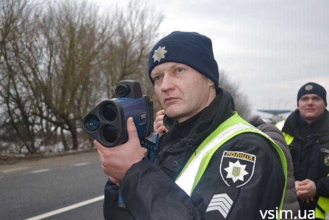 Прикарпатські патрульні упродовж минулого тижня упіймали 200 водіїв, які ганяли із перевищенням швидкості