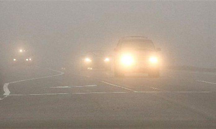 Прикарпатських водіїв попереджають про сильний туман на дорогах