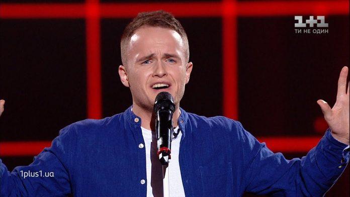 "Молодий прикарпатський вчитель потрапив до основної частини талант-шоу ""Голос країни"": відео"