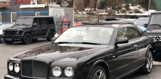 На Прикарпатті майже сотня власників елітних авто боргують транспортний податок