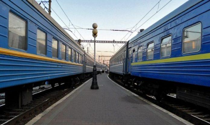 З Херсону до Івано-Франківська планують запустити два додаткових потяга