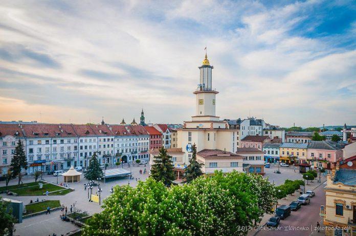 Івано-Франківськ заробив понад 130 мільйонів на землі та власності