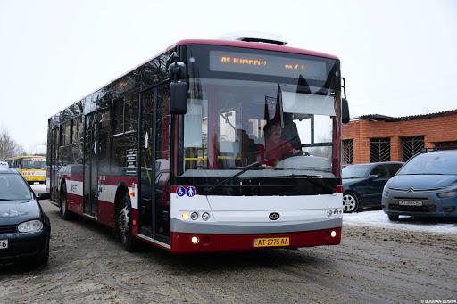 Івано-Франківськ планує закупити ще десяток комунальних автобусів