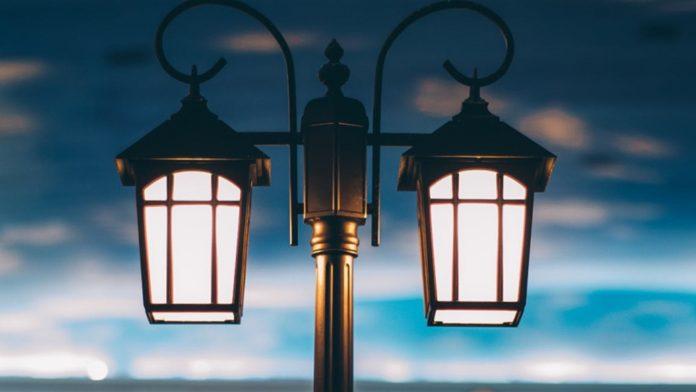 У слід за обласним центром, на території Івано-Франківської ОТГ планують провести реконструкцію вуличного освітлення