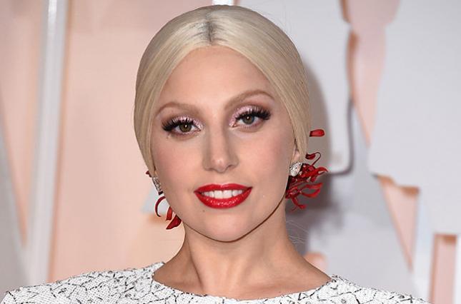 Леді Гага повністю оголилась для провокативної зйомки. Фото 18+