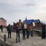 Попри заборони та рекомендації, прикарпатські ''гундяївці'' проводять Хресні ходи проти китайського вірусу