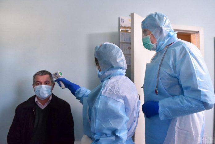 В Україні офіційно зареєстрували ще два випадки коронавірусу