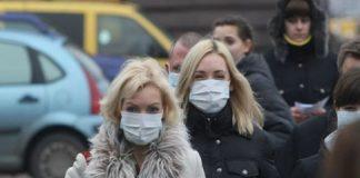 Небайдужі франківці пропонують медикам та іншим жителям міста безкоштовно підвозити їх на роботу