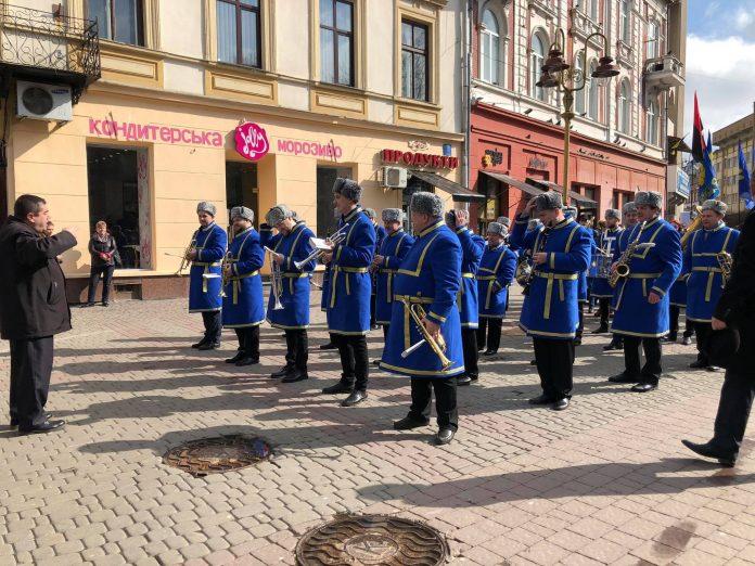 У Франківську урочистою ходою та віче вшанували пам'ять Шевченка