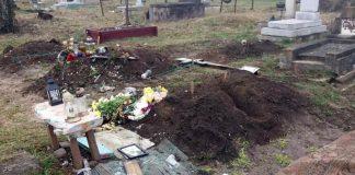 Двох франківців, які познущалися над десятками могил, затримала поліція