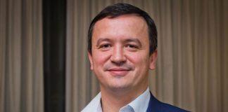 Рятувати економіку буде менеджер Прикарпатського олігарха Бахматюка, який має дружину росіянку