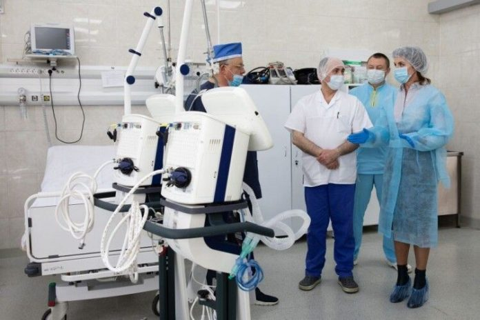 Завдяки меценатам Франківська клінічна лікарня отримала апарат ШВЛ