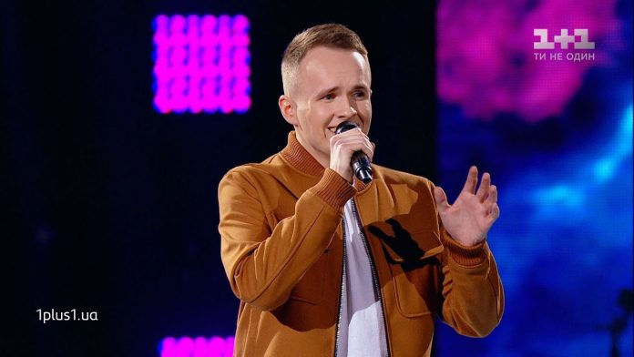Як талановитий прикарпатець готується до вокального змагання у шоу