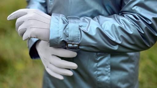 Франківська лікарня придбала протиепідемічні комбінезони в рентгенолога, звинуваченого у шахрайстві
