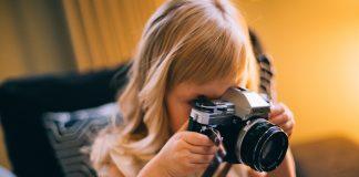 Українські фотографи передали прикарпатським медикам більше 200 тисяч гривень для боротьби із коронавірусом