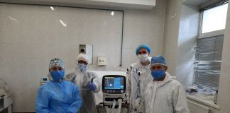 ПриватБанк передав інфекційній лікарні Франківська сучасний апарат ШВЛ: фото