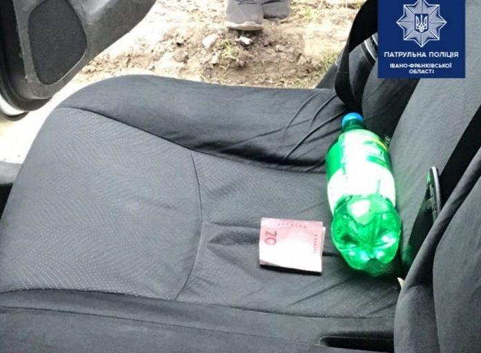 У Франківську водій пропонував патрульним 200 гривень хабара, аби відкупитися від штрафу