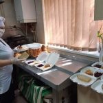 Франківський Карітас забезпечив обідами та продуктовими наборами потребуючих: фоторепортаж