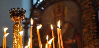 Великодні богослужіння у храмах відвідали майже 130 тисяч українців, а на Прикарпатті зафіксували порушення карантину