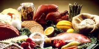COVID-19: що їсти та пити під час свят, щоб не нашкодити здоров'ю