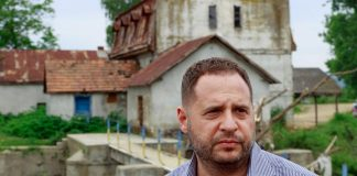 """Російський політолог назвав Єрмака """"агентом Кремля"""" й розсекретив псевдонім"""
