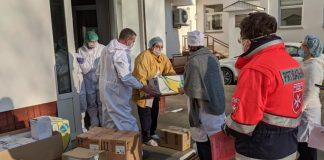 """Волонтери-""""мальтійці"""" передали для медиків Івано-Франківської МКЛ №1 нові апарати"""