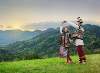 Кілька слів гуцульською: звідки походить і в що вірить найзагадковіший народ українських Карпат