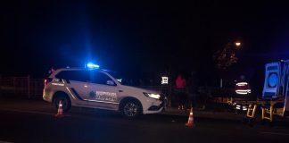В Івано-Франківській області поліцейський на службовому автомобілі збив пішохода