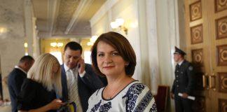 """Нардеп Оксана Савчук звернулася до Зеленського із проханням посприяти у добудові мосту на """"Пасічну"""""""