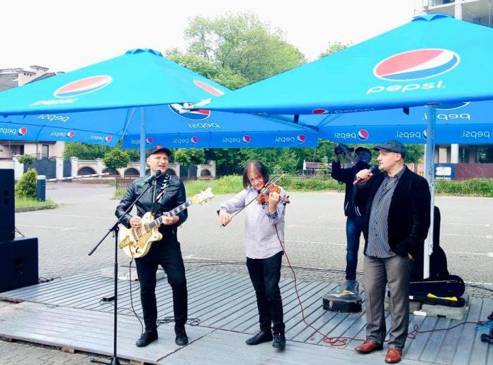 У Франківську відомі українські зірки заспівали для лікарів