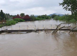 Через значні опади рівень води у річках області може піднятись більш як на метр
